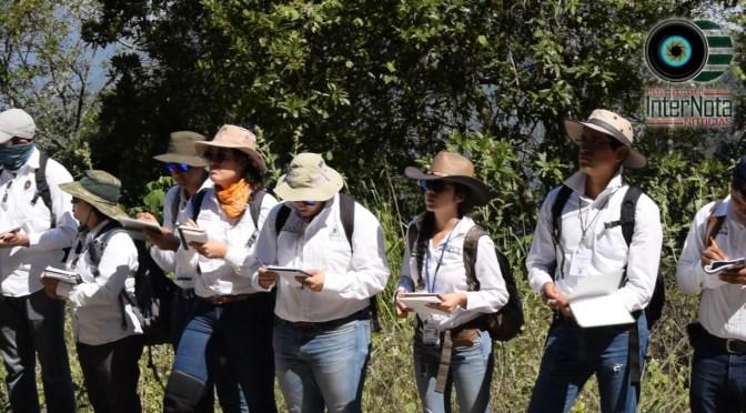 LLEVAN ESTUDIANTES DE LA CARRERA INGENIEROS PETROLEROS  A LA SIERRA DE MONTEMORELOS-RAYONES N.L.