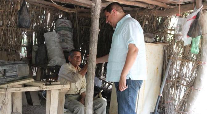 CANDIDATO A LA ALCALDIA EN HUALAHUISES, N.L. POR EL PRI JESÚS AGUILAR HERNANDEZ VISITO LA COMUNIDAD CINCO SEÑORES PARA DAR A CONOCER SUS PROPUESTAS.
