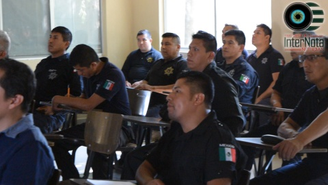 CAPACITAN A POLICÍAS POR TEMPORADA ELECTORAL.