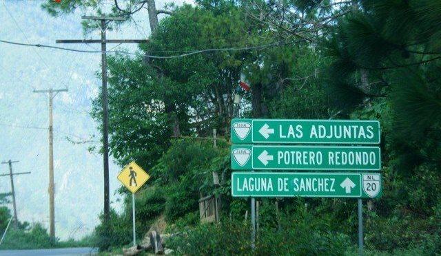 SE VUELCA RZR EN LAS ADJUNTAS, HAY HERIDOS DE GRAVEDAD.