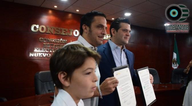 RECIBE MARCO GONZÁLEZ Y PACO CIENFUEGOS CONSTANCIA DE MAYORÍA