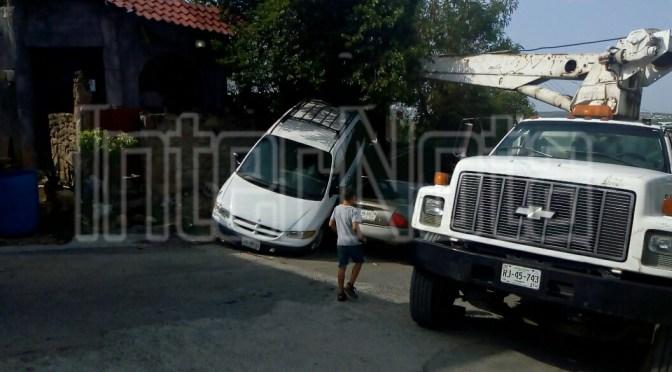 ACCIDENTE EN CALLE JUAREZ Y MINA, ALLENDE, N.L