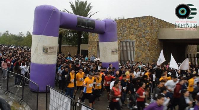 """JÓVENES ESTUDIANTES LLEVAN A CABO CARRERA 5K """"BACHILLERATOS, UNIDOS CON CAUSA"""" EN ALLENDE, N.L."""