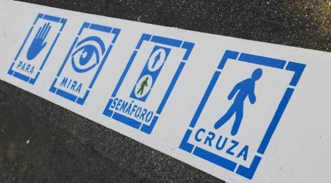 PINTAN PASOS PEATONALES EN EL MUNICIPIO DE COLMENAR VIEJO PARA NIÑOS AUTISTAS