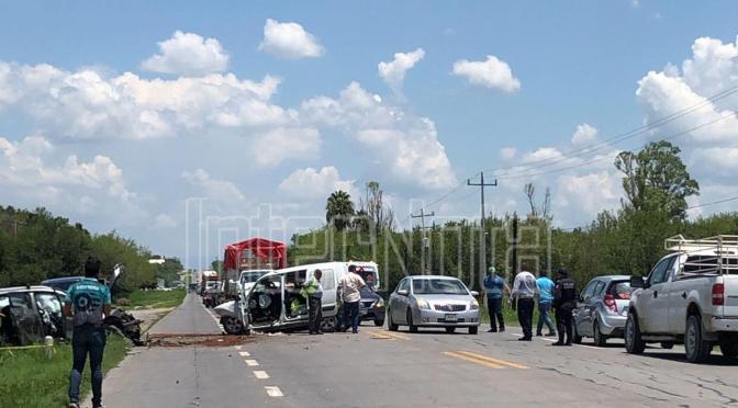 FUERTE ACCIDENTE VIAL DEJA 8 PERSONAS LESIONADAS; CADEREYTA N.L.