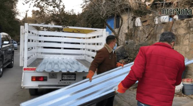 TRAS INCENDIO BENEFICIAN A FAMILIA CON PAQUETE DE LAMINAS, SANTIAGO NL