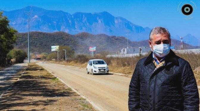 SUPERVISA ALCALDE DE SANTIAGO JAVIER CABALLERO GAONA LOS TRABAJOS DE LA SEGUNDA ETAPA DEL LIBRAMIENTO DE LOS CAVAZOS QUE PRÓXIMAMENTE ESTARÁ DISPONIBLE PARA EL LIBRE TRÁNSITO.
