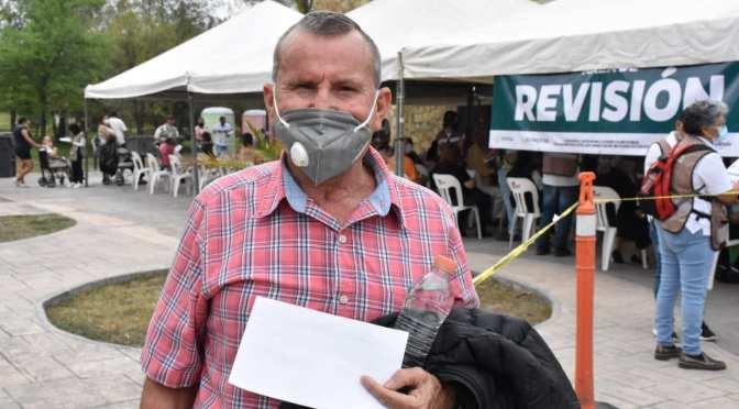 EL SR. CLEMENTE RAMIRO CÁRDENAS SILVA ES LA PRIMERA PERSONA EN RECIBIR LA VACUNA ANTI-COVID EN ALLENDE NL