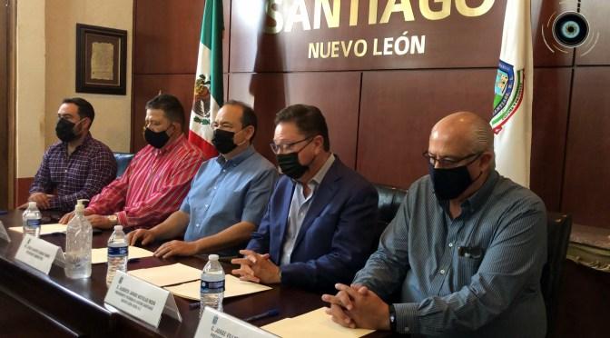FIRMA MUNICIPIO DE SANTIAGO CONVENIO DE COLABORACIÓN CON EL ESTADO DE NUEVO LEÓN, EL PATRONATO VISIÓN SANTIAGO Y EL PATRONATO UNIDOS POR SANTIAGO PARA APOYAR A LOS AFECTADO POR EL INCENDIO FORESTAL.