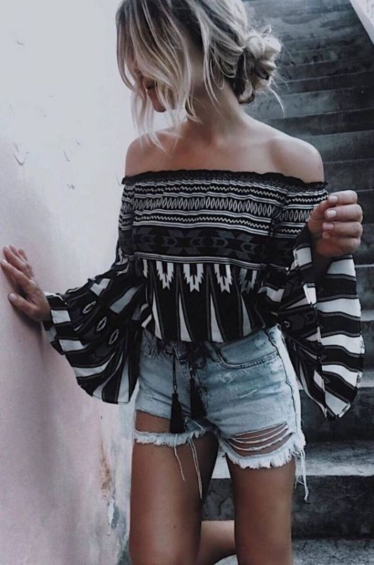 Check out these cute vacation outfits!