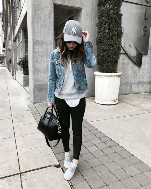 e9a956ccb9481 15 Jean Jacket With Leggings Outfits That We Can Not Get Enough Of ...