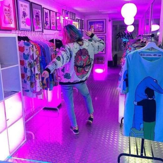 Check out these thrift shopping tips so you know how to maximize your time in the store!