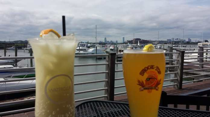 Here are some great places for happy hour in Quincy when you're dying for drinks!