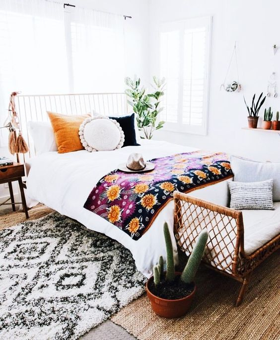 Budget Bedroom Decor: 15 Bohemian Bedroom Ideas On A Budget