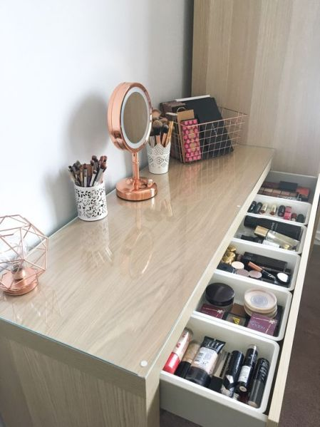 8 Makeup Storage Ideas Every Girl Can Use