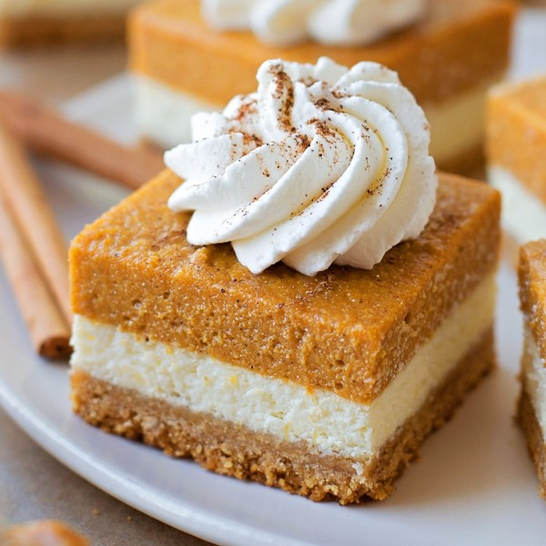 10 Thanksgiving Dessert Ideas To Wow Your Family
