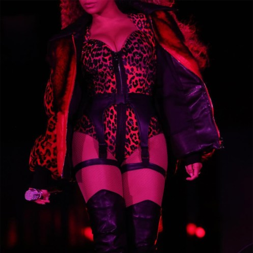 10 Of Beyonce's Best Looks From The OTR II Tour