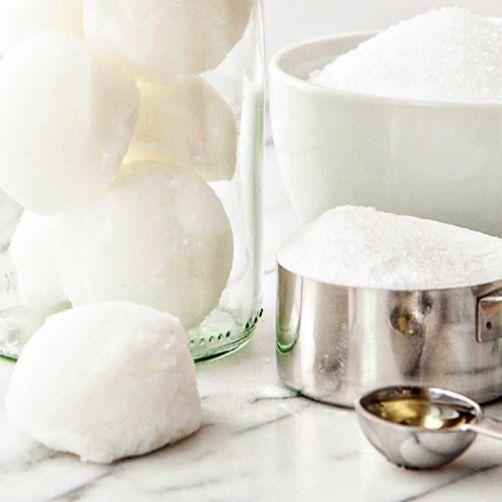 10 DIY Winter Bath Bomb Recipes for a Cozy Night In