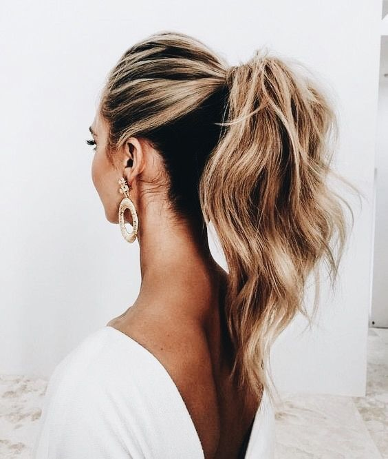 10 Easy Hairstyles For The Lazy Girl