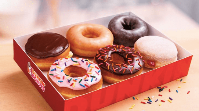 Why Dunkin Donuts is Better Than Starbucks