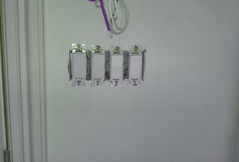 installation interrupteur, combien coût l'installation d'interrupteur, le prix pour remplacer un interrupteur, remplacement d'un interrupteur, Interoi inc, interoi électrique, maître électricien