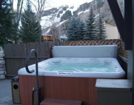 Aspen Mountain Lodge - hot tube