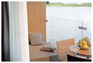Aqua-Mekong-Design-Suite-With-Balcony---High-Resolution