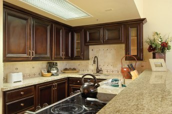 silver_king_kitchen_14-vrxPREMIUM