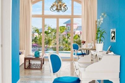 Eden Roc -Living-Room---Two-Bedroom-Suite-Single-Level