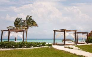 Viceroy Riviera Maya - Beach-Daybeds