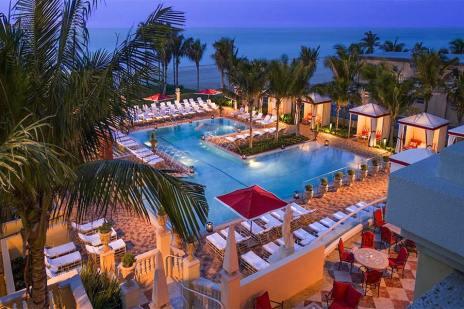6-Zero-Entry-Beach-Club-Pool-1900x1200