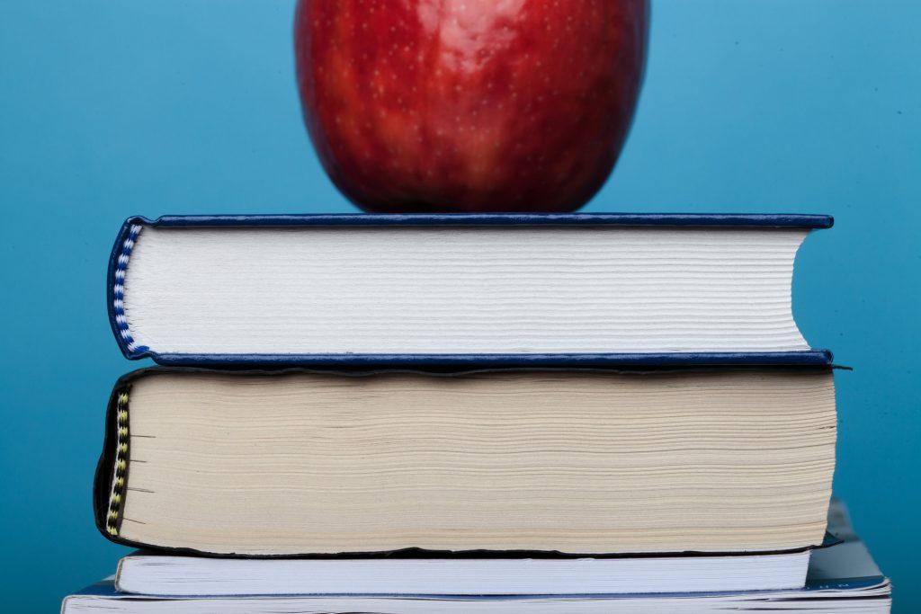 Four Ways to Pray for Christian Teachers. Credit: lightstock.com