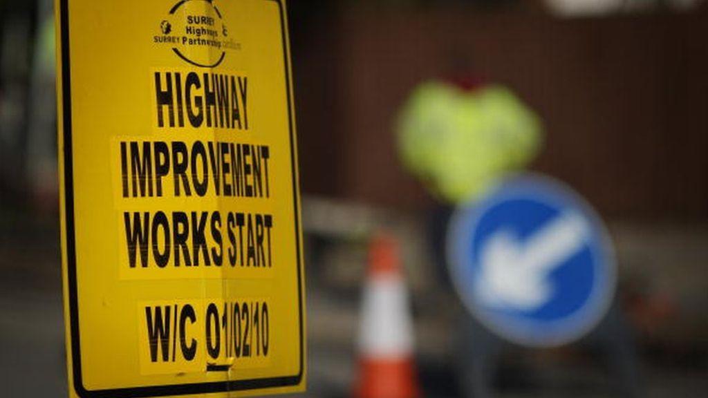 95339922 97366456 - Councils 'face funding gap' to fix roads