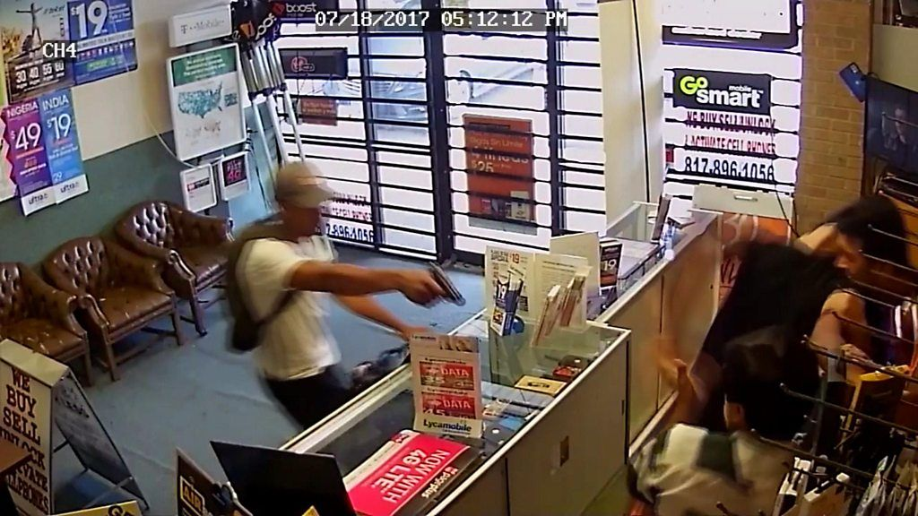 97272639 p05bz6db - Texas shopkeepers fight armed robbers with bare hands