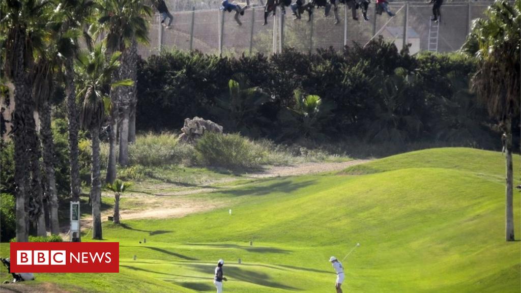 102028253 melillagolf - Ceuta and Melilla: Spain wants rid of anti-migrant razor wire
