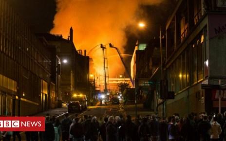 102076605 glasgowfire - Residents meet after Glasgow art school fire