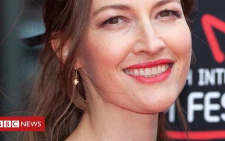 102139400 001kellymacdonald 3 - Kelly Macdonald opens Edinburgh Film Festival with Puzzle
