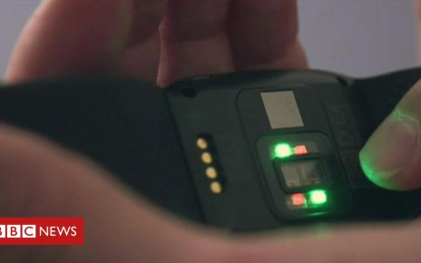 102292428 p06cmnxy - The watch that can help manage severe autism