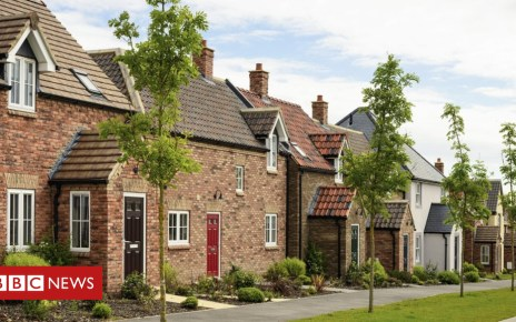 102405658 gettyimages 165652425 - UK House prices grow at slowest rate for five years