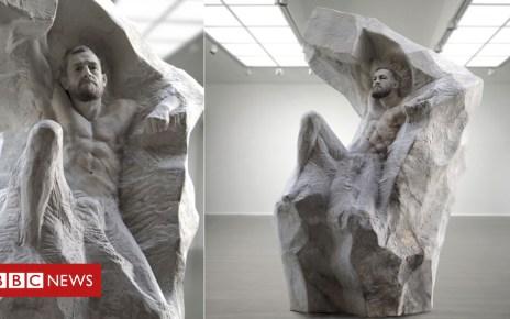 102457288 mcgregor2 - Conor McGregor lands heavyweight sculpture for 30th birthday
