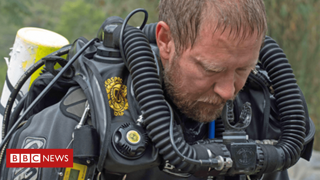 102474043 richardharris profile3 - Cave rescue: The Australian diving doctor who stayed with the boys