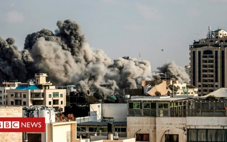 102530293 mediaitem102530285 - Wave of Israeli Gaza strikes amid surge in rocket attacks