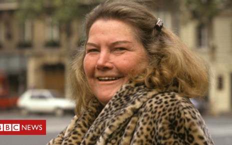 102619168 gettyimages 856947820 - Colleen McCullough 'not coerced' over will