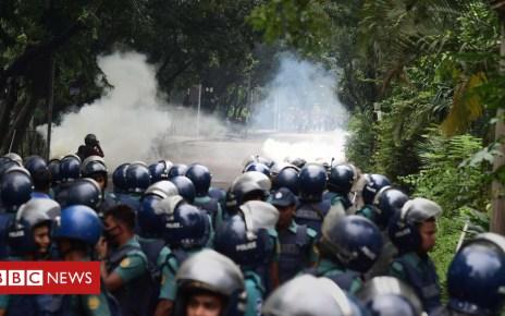 102835067 mediaitem102835066 - Bangladesh violence: Armed men attack US envoy's cars amid protests