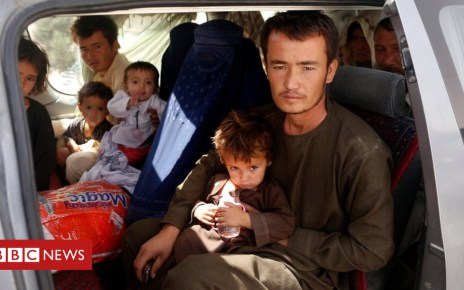102950130 508ac8b3 088e 4211 b807 6e56a5c05f4a - Afghanistan: Battle-torn Ghazni residents 'can't find food'