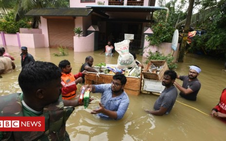 103081548 gettyimages 1019540552 - Kerala floods: Relief teams rescue 22,000 as rains ease