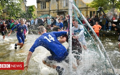 103196128 19088645 1 - Bourton-on-the-Water river football match attracts hundreds