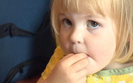 p06jlsqr - Cystic fibrosis mothers' plea over 'life-changing' drug
