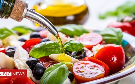 103575035 gettyimages 479831676 - Mediterranean diet 'may help prevent depression'