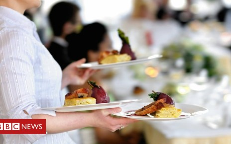 103640473 gettyimages 580118150 - Waiters to be paid all tips under new law, Theresa May says